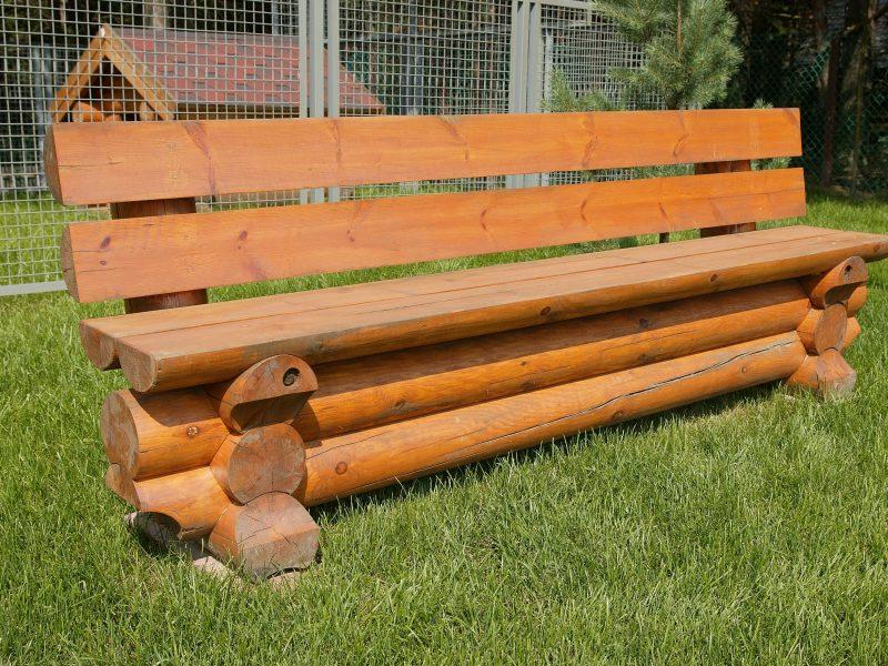 Цилиндрическая деревянная скамья LOG